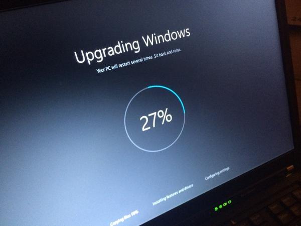 #Windows10fail